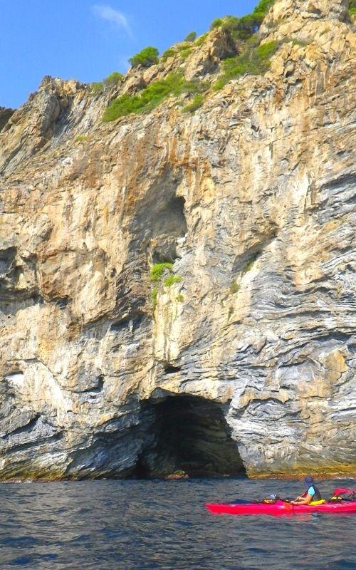 schiste ocre rocher